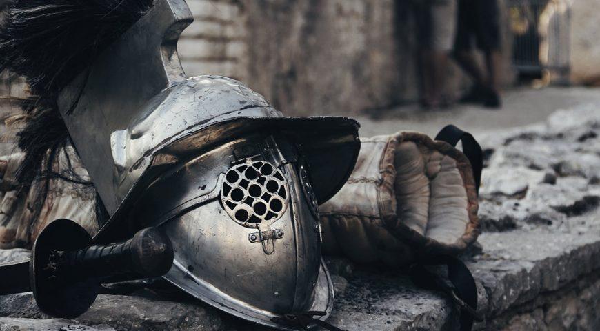 Top-2-hedelmäpeliä-Spartan-kypärä